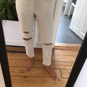 H&M girlfriend jeans low waist str 25