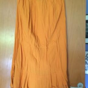 Str 48 Only Carmakona Savannah Skirt Mid Calf Solid Yderst 100% viscose Underskørt af 100% bomuld Brugt få gange #Secondchancesummer