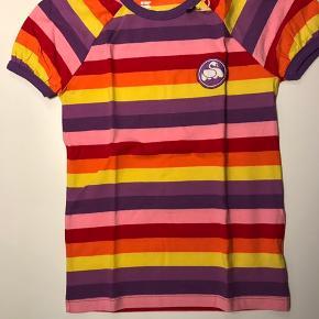 Super fin Danefæ T-shirt str 8 år. Ny og stadig med mærke. Kom med et bud! Bor 6710