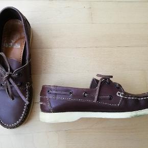 Brune sejlersko Flade sko sommersko Mærket kendes ikke da jeg har lagt et par indlægssåler fra Matas ned i skoene