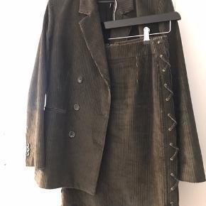 Str 38  Passes af str 36 - blazer oversize