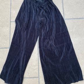 Brede bukser fra Number Nine