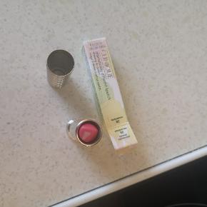 Læbestift fra clinique, kun prøvet på hånden for at se farven 🌸