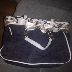 Sælger denne Friss og Company taske da den bare ligger