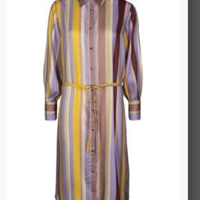 Fed skjorte kjole