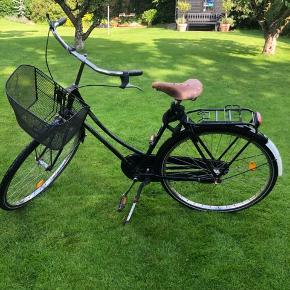Raleigh de luxe dame cykel Fungerer rigtig godt som by cykel  Sat helt nye gear på, godkendt lås og nye dæk  Kan afhentes i Odense