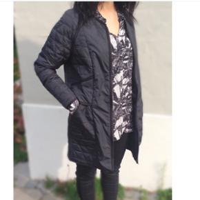 Day Birger et Mikkelsen jakke, overgangsjakke, aldrig brugt, passer xs og small, sort