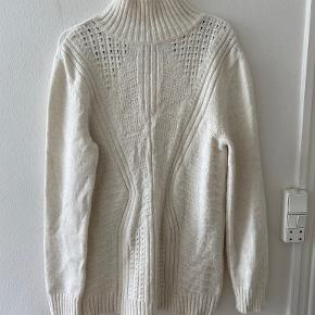 Mudo collection sweater