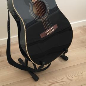 Guitarholder, som kan foldes sammen