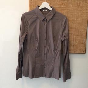 Wolford figursyet skjorte