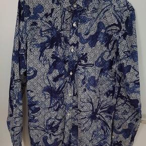 Meget lækker skjorte fra Selected Homme i str L