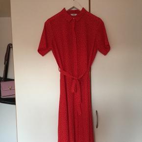 Flot kjole fra Envii, aldrig brugt. Kom med et bud! :-)