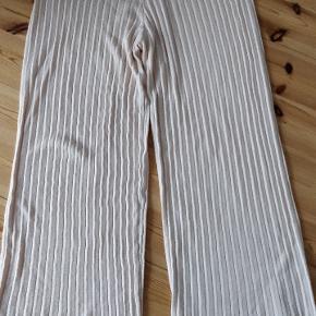 MNG bukser