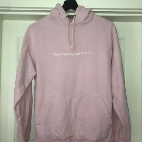 FAMT hoodie  Str xs, fitter nok lidt større