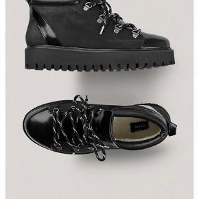 Ganni vinterstøvler str 36. Sælger dem, fordi jeg desværre må erkende, at jeg ikke kan passe dem.