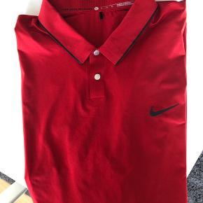 Nike Tiger Woods Collection.  Helt ny - sælger grundet forkert str.  Byd endelig :-)