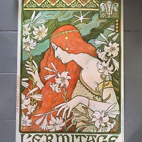 Endnu en kunstplakat, denne gang Art Nouveau. L'Ermitage af Paul Berthon.  Trykt i DK fra dengang Danmarks Designmuseum hed Museum of decorative Art Copenhagen. Fin stand, meget lette brugsspor. 84x56 cm 175kr  #kunstplakat #kunsttryk #artnouveauplakat #vintageplakatsalg #vintageposter #poulberthon #tilvæggen #kunsttilvæggen #tingtilvæggen #kunstvæg #gallerivæg #billedevæg