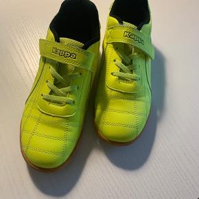Kappa andre sko til drenge