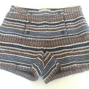 Lækre shorts med knappe åbning - dobbeltradet #30dayssellout🌸