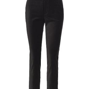 7 par jeans / bukser, str. 36-38 / S sælges samlet billigt! Jonny Q jeans, Twist & Tango (velour), Esprit jeans, Cream bukser, Jucca bukser, Day Birger et Mikkelsen bukser, Lerock jeans. Alle i stand næsten som ny! Se alle i mine ann. eller spørg efter billeder.