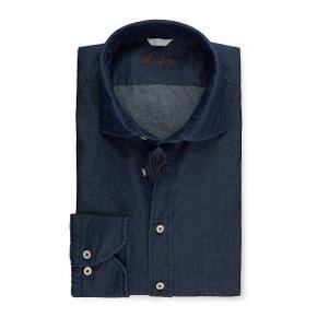 Sælger denne stilede og lækre skjorte fra det populære svenske modemærke, Stenstrøms. Den er aldrig brugt.  Byd!  Nypris: 1200,-
