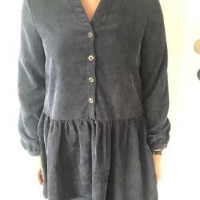 Frakment kjole eller nederdel