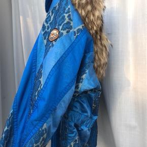 Vintage vinterjakke fra Emmegi  Str 40 (kan bruges oversized af str. 36-38)