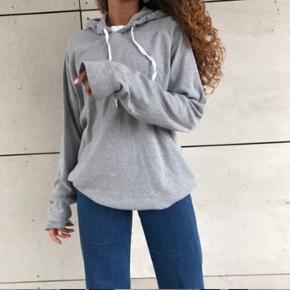 Fed grå oversize hættetrøje fra Mads Nørgaard 💛🤩 købt i butikken på strøget