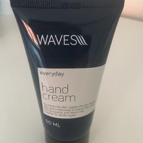 Ny og uåbnet håndcreme fra Waves (fra Nicehair). 50 ml.