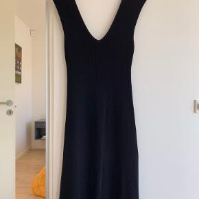Adolfo Dominguez kjole