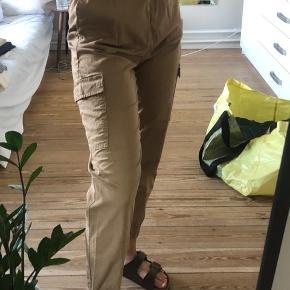 Bukser sælges - str xs - jeg er 165 høj - Byd!!