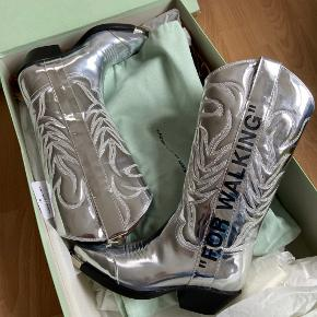 Off-white støvler