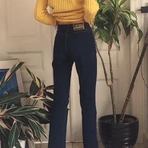 Straight Retro agtige only bukser med knapper.