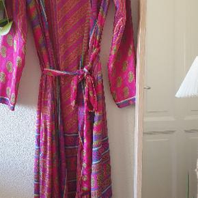 Prag kimono