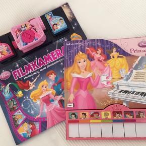 Skønne interaktive Disney bøger Bog med klaver Og bog med filmfremviser 65,- stk Afhentes i Valby