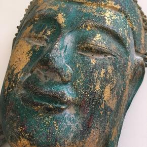 Håndlavet smuk Buddha. Sælges hvis det rette bud kommer. Ingen tegn på slid.