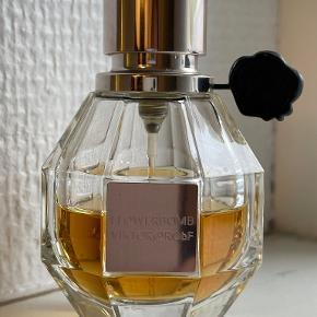 Viktor & Rolf parfume