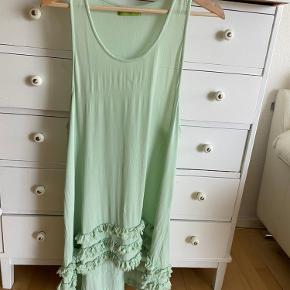 Lysgaard kjole