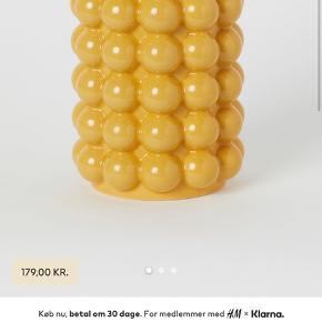 SØGER SØGER SØGER   jeg søger denne vase fra H&M, gerne omkring Holbæk, da jeg helst vil hente den!!!!
