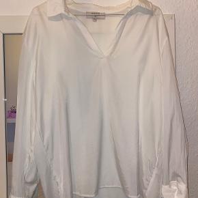 Cream skjorte