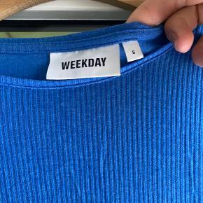 Weekday top
