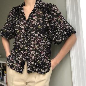 Ganni tøj