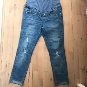 Gravid jeans, aldrig brugt.