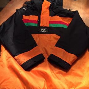 Lækker vintage HH-jakke. Flot som ny uden slidtage mm. Sender gerne med DAO.
