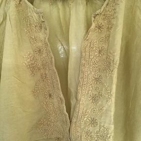 Virkelig fin og let sommer tunika i silke og bomuld.