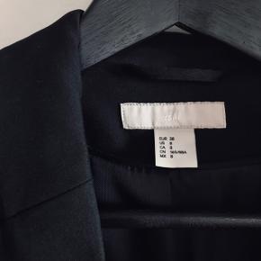 H&M blazer helt som ny