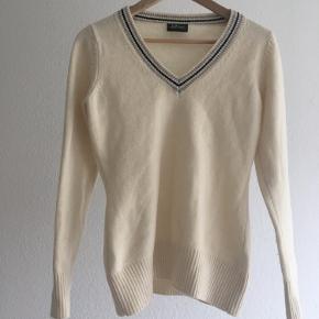 Peak Performance sweater