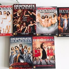 Dvd'erne fejler intet og er der alle sammen :).  Sæson 1, 2, 3, 4, 6, og 7.  1 sæson: 100kr.  Alle sæsoner: 500kr. 😊