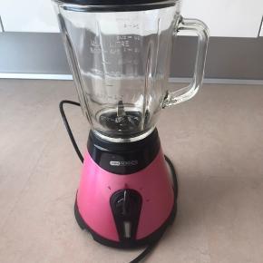 OBH Nordica blender med glaskande Pink og sort  800 ml Tre hastigheder: 1, 2 og P (power)  300W
