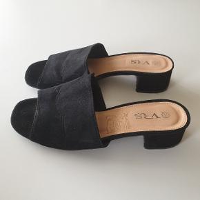 Smukke sandaler fra VRS, brugt få gange.